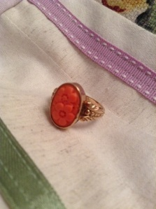1933 Italian coral in 9 kt gold